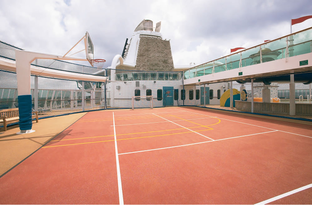 Jewel of the Seas, Cancha de baloncesto
